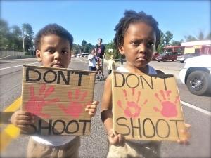 Bu9QEjMIgAAZrFu.jpg-large-Children-in-Ferguson-August-13-2014-From-Mother-Jones